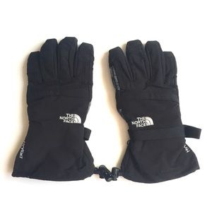 The North Face man's winter gloves